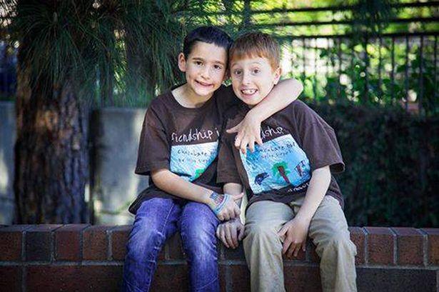 A 8 ans et grâce à une superbe idée, il parvient à récolter 1 million de dollars pour sauver la vie de son ami