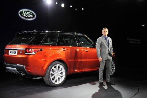 James Bond se fait voler neuf Range Rover