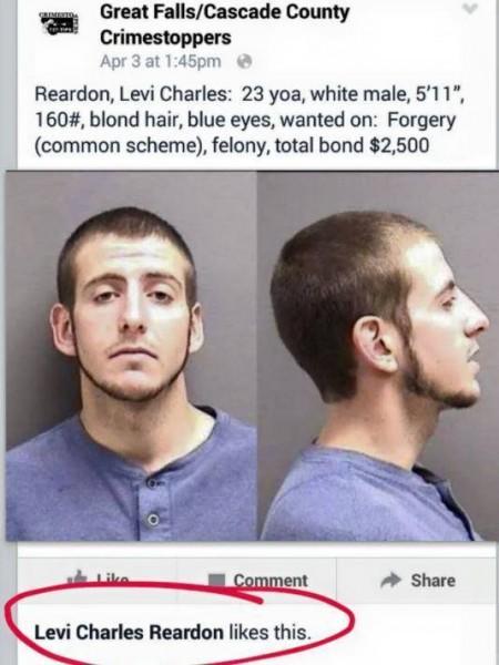 """Il se fait arrêter après avoir """"liké"""" sa fiche de recherche postée sur Facebook"""