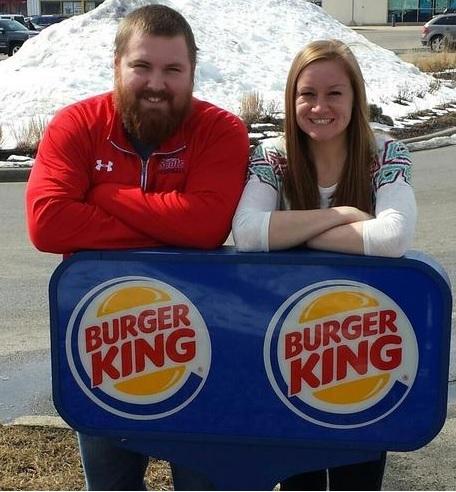 Monsieur Burger et Madame King se marient, Burger King leur fait une surprise !