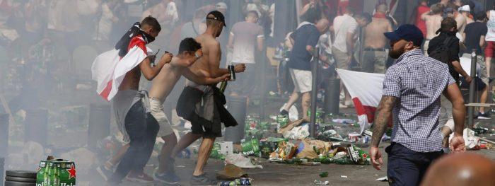 Un hooligan russe remercie la police française pour sa passivité