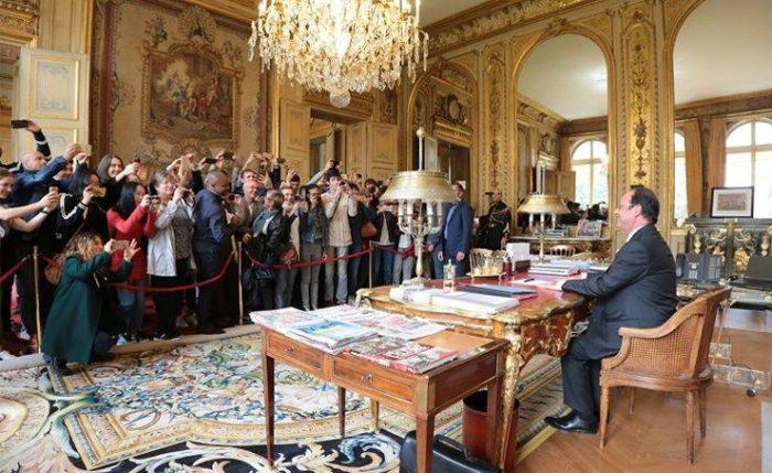Hollande moqué pour avoir servi de statue de cire aux Journées du Patrimoine