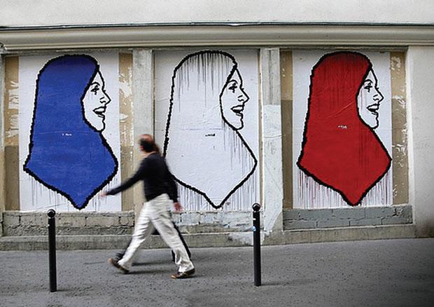 87% des français agacés à la vue d'une femme voilée intégralement, 46% devant un hijab