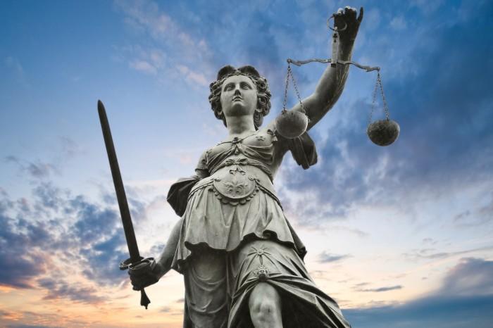 La justice le laisse s'échapper avant son procès pour un home-jacking ultra violent