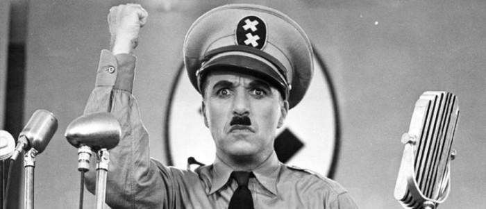 Il se venge de son ami qui lui a déchiré sa photo d'Hitler il y a deux ans