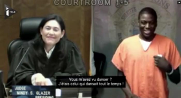 Une juge américaine reconnait deux accusés en moins d'un mois, sa réaction est géniale