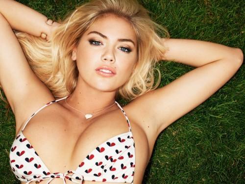 Selon une étude très sérieuse, mater des seins est bon pour la santé