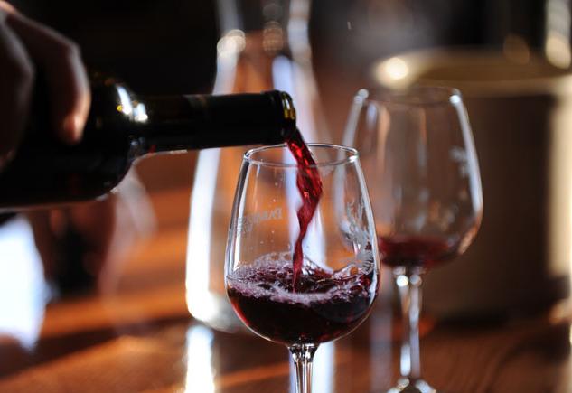 Incroyable: un verre de vin est équivalent à une heure à la salle de sport