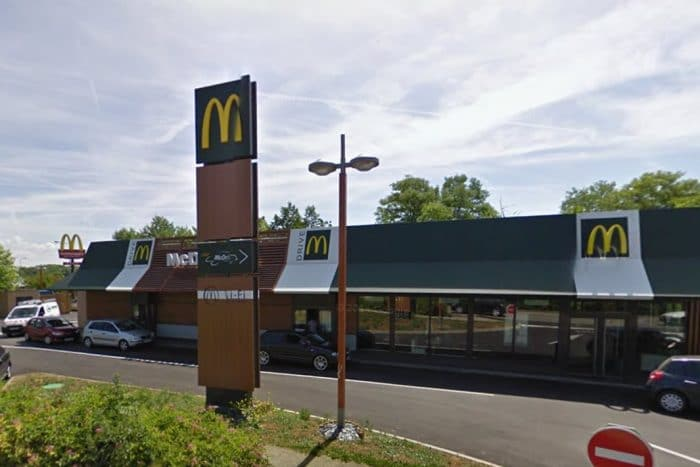 Ils braquent un Mcdonald's dans lequel sont attablés des membres du GIGN