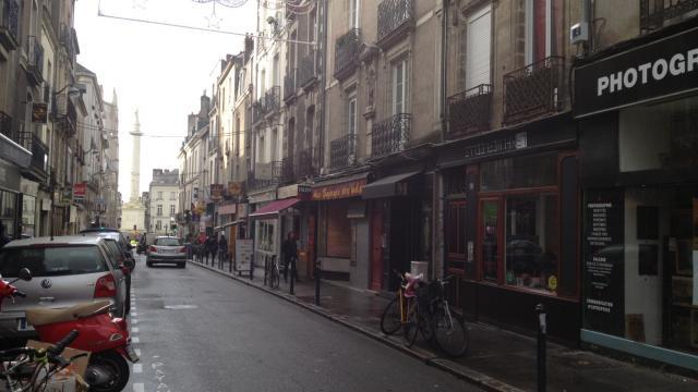 Nantes : Des retraités délogés par des squatteurs en toute légalité